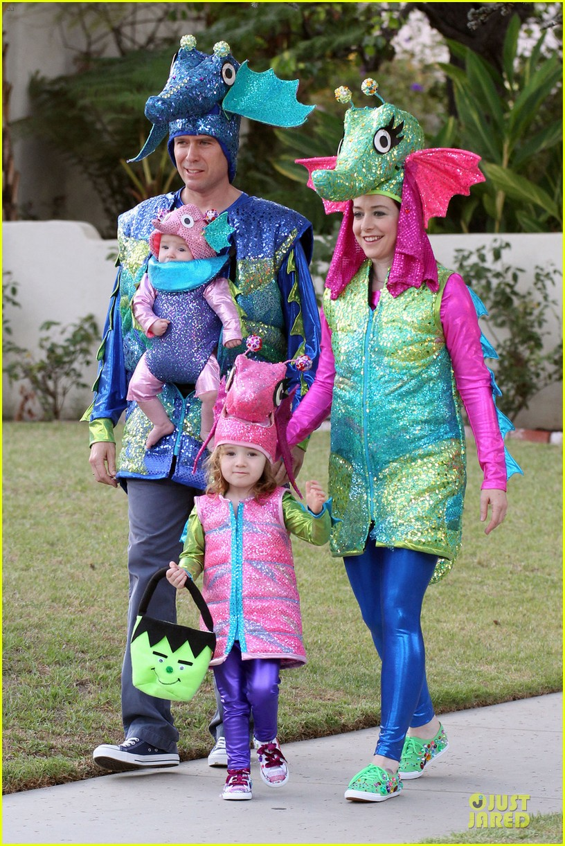 alyson hannigan alexis denisof seahorse halloween couple 052749049