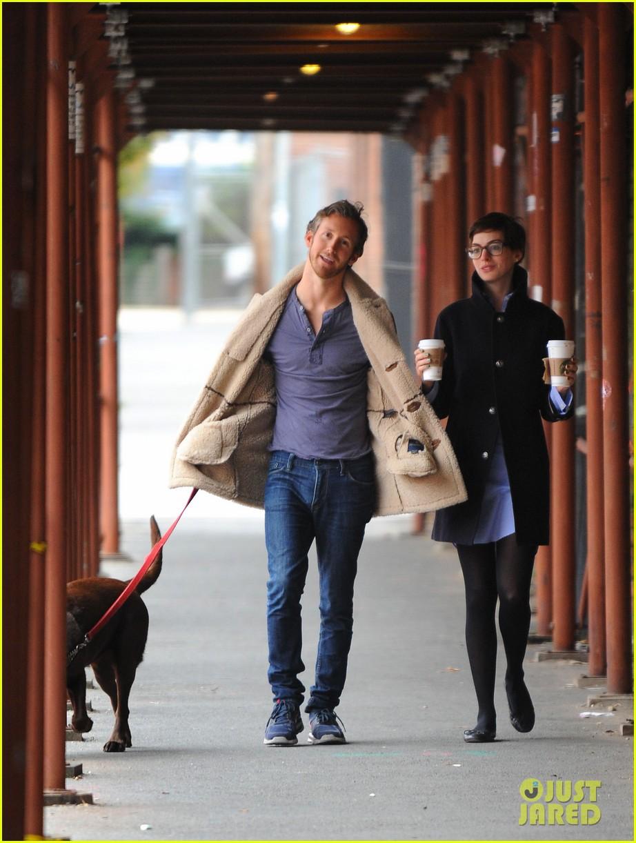 anne hathaway adam shulman coffee dog walk 032745060