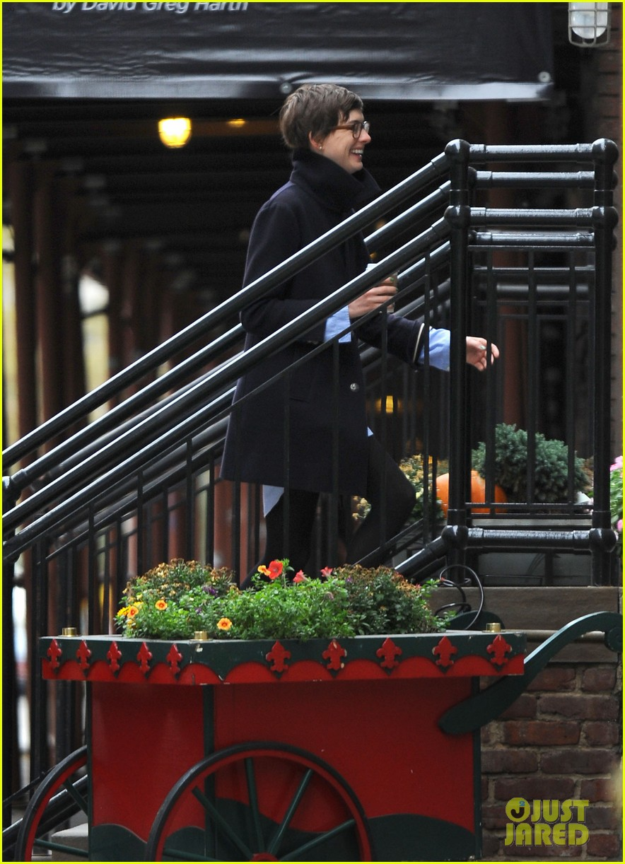 anne hathaway adam shulman coffee dog walk 252745082