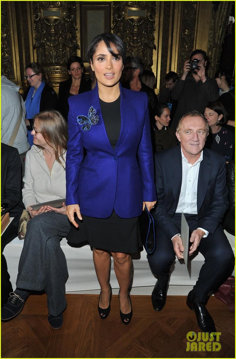 salma hayek stella mccartney paris fashion week show 022731206