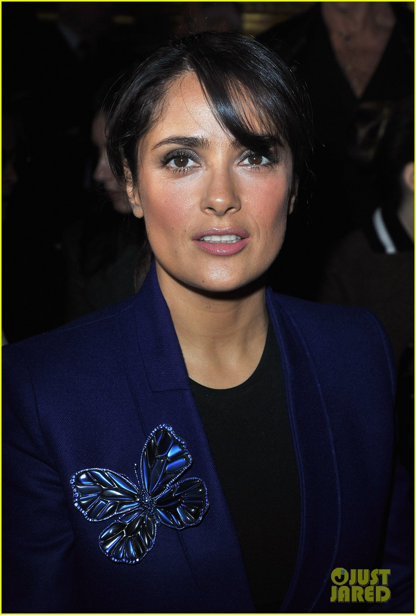 salma hayek stella mccartney paris fashion week show 072731211