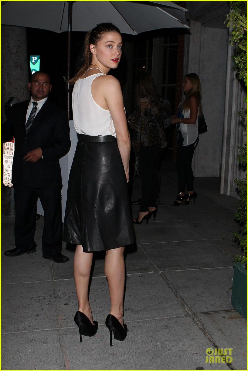 amber heard mr.chow restaurant stop 11