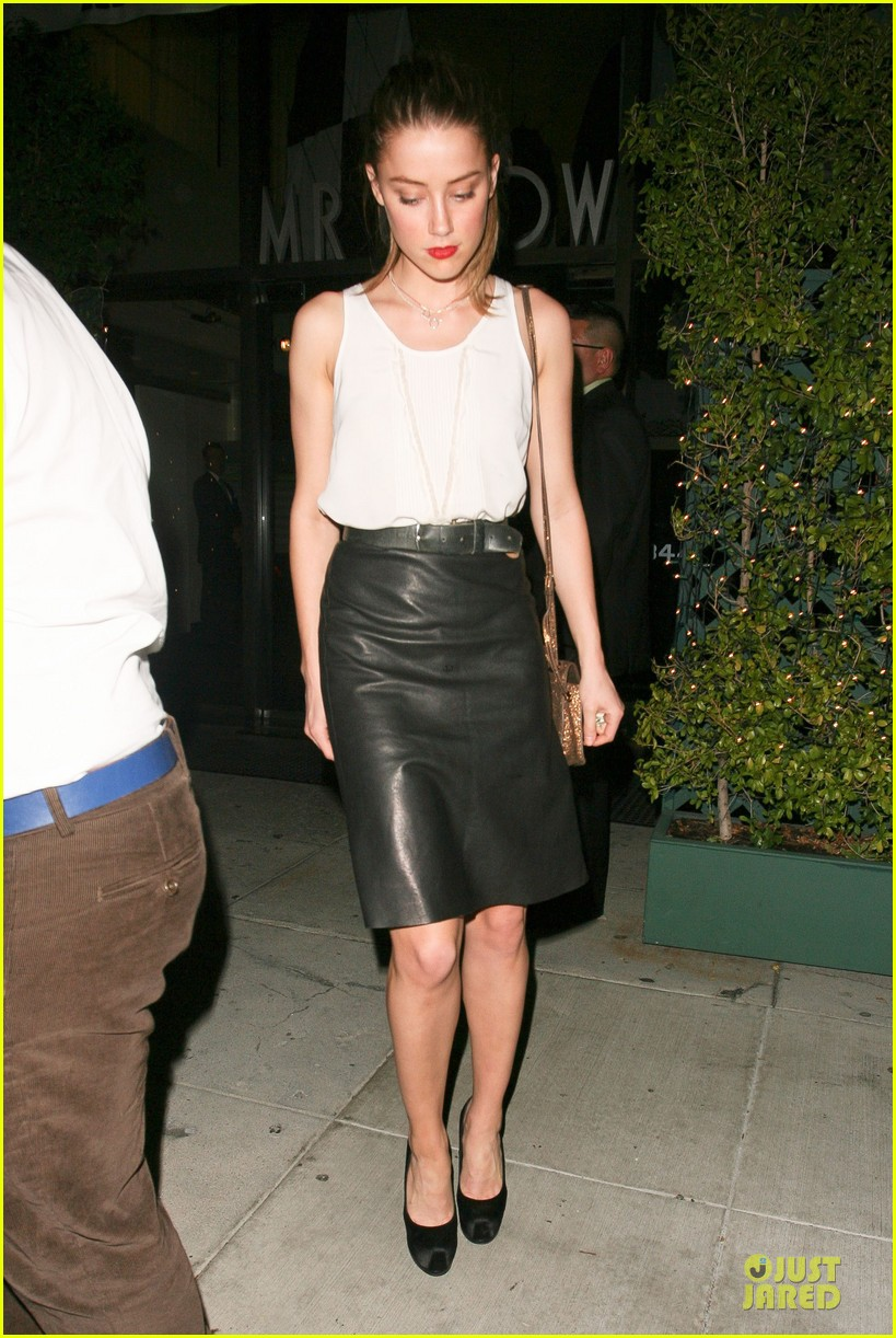 amber heard mr.chow restaurant stop 16
