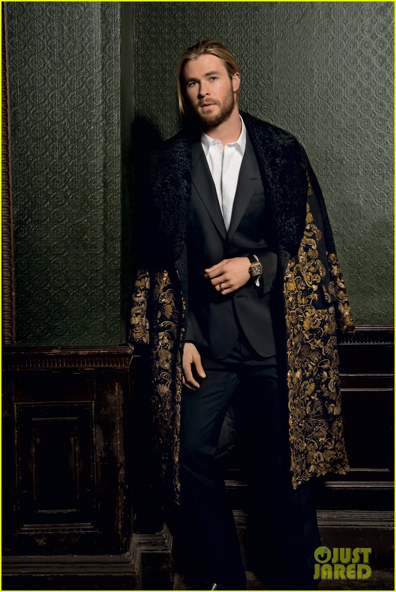 chris hemsworth covers prestige october 2012 02