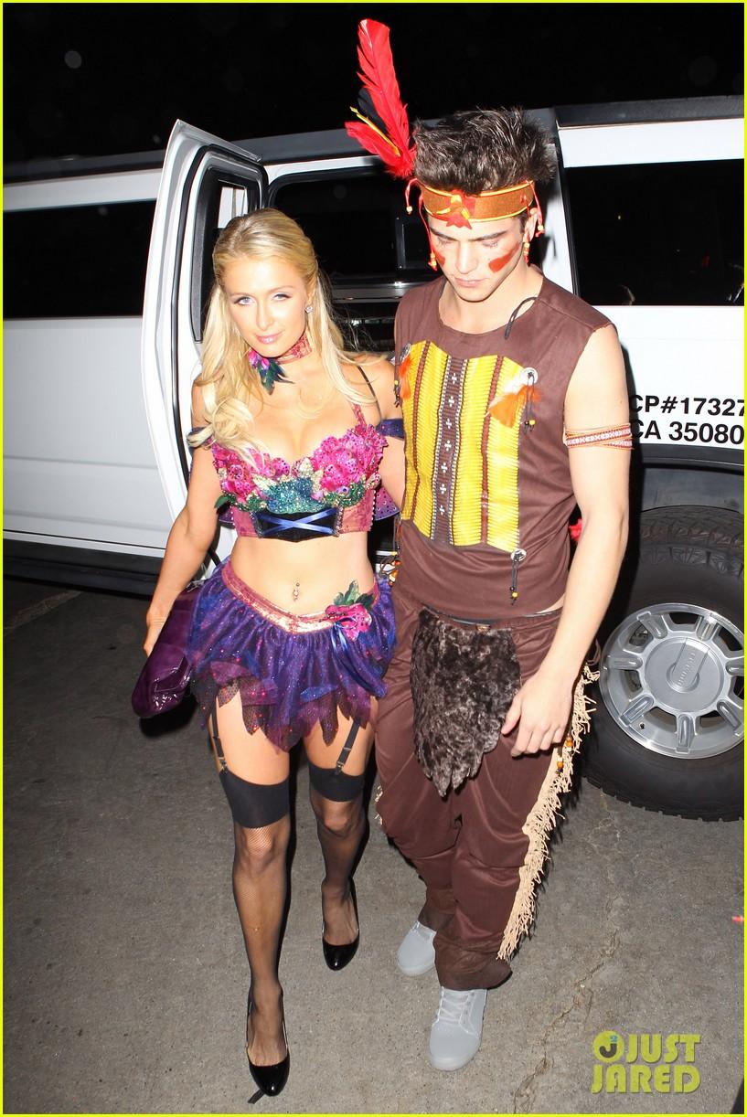 paris hilton river vilperi halloween party pair 012746859