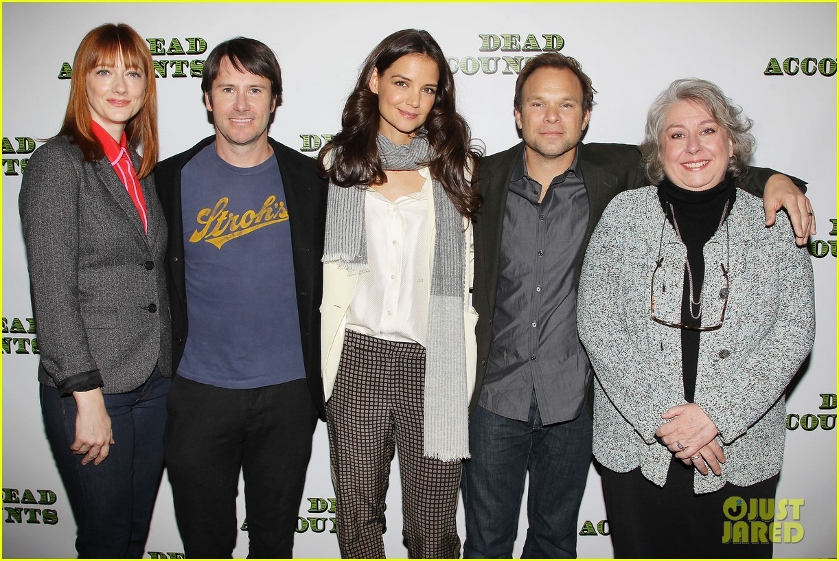 katie holmes dead accounts broadway photo call 282737122