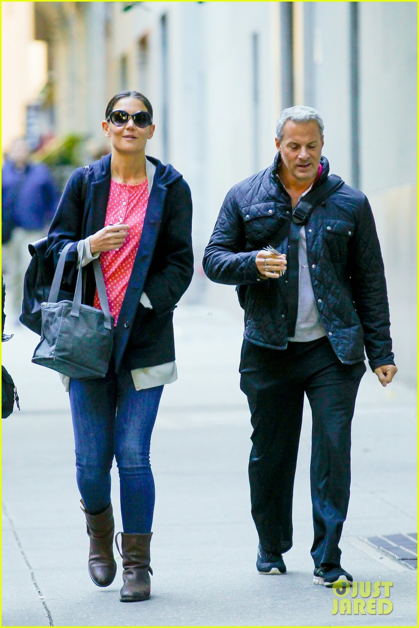 katie holmes early morning stroll with guy pal 072736522