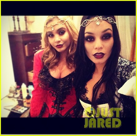 vanessa hudgens vampiress with stella 042748417