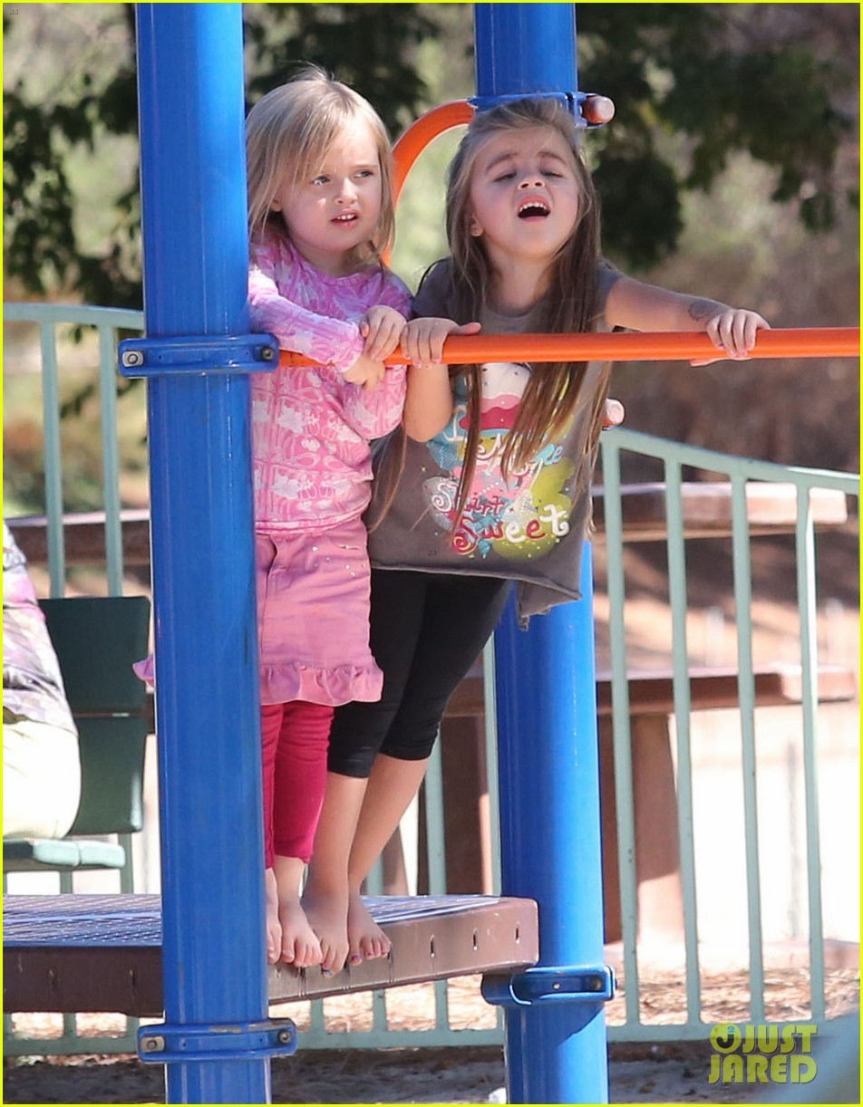 angelina jolie park playtime with knox vivienne 042746356