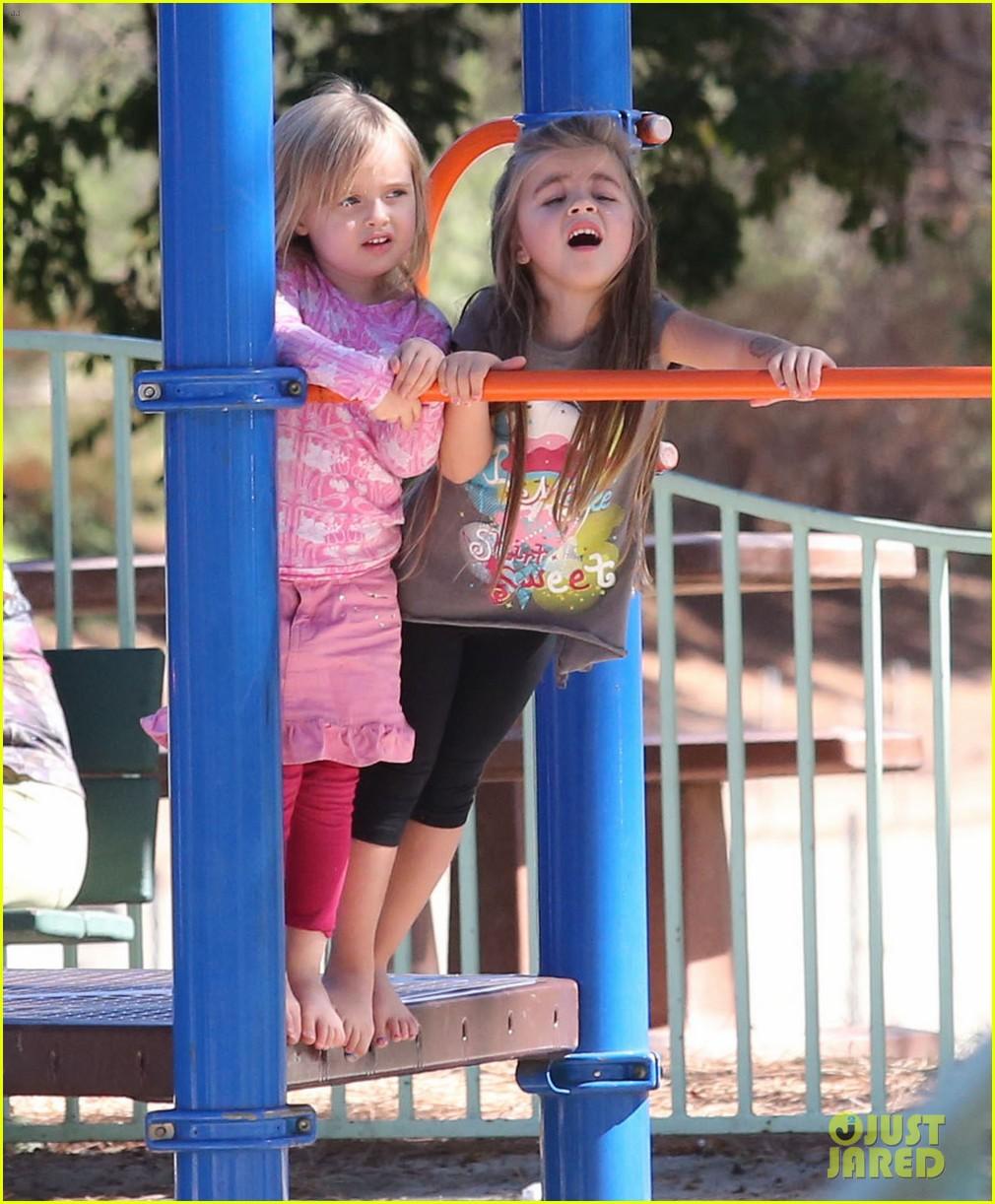 angelina jolie park playtime with knox vivienne 092746361