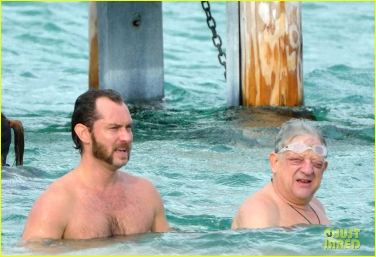 jude law shirtless swim st tropez 052738092