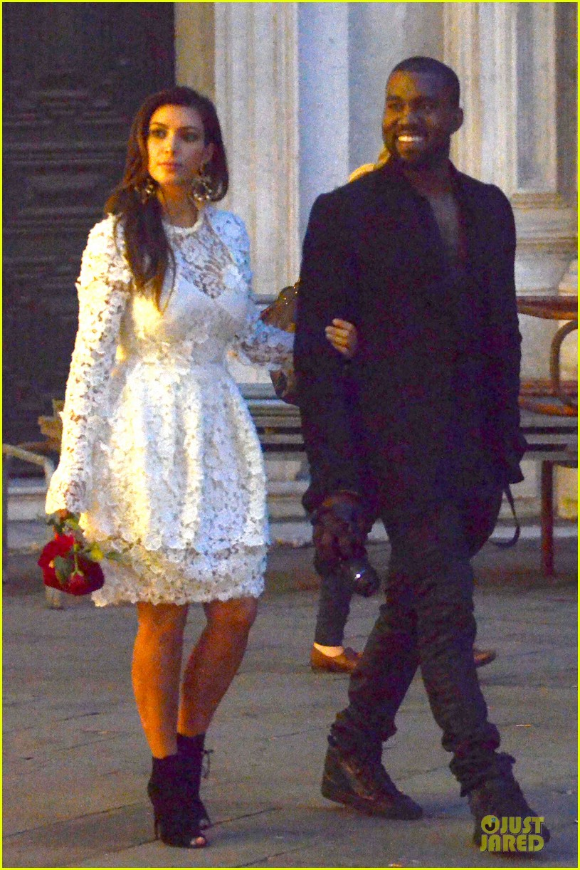 kanye west kim kardashian birthday dinner in venice 122742305