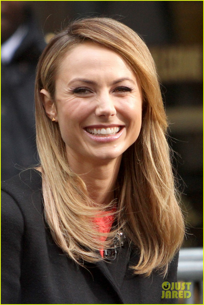 stacy keibler george clooney hes good at everything 062744771