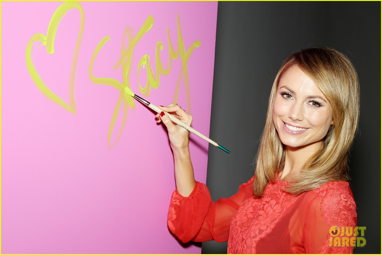 stacy keibler valspar love your color project 022744129
