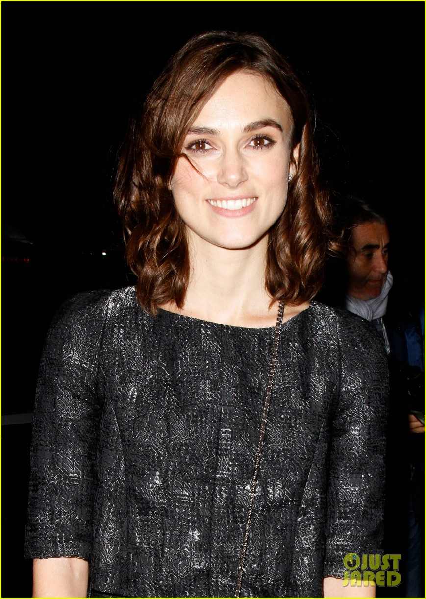 keira knightley seeking a freind on dvd oct 23 042736763