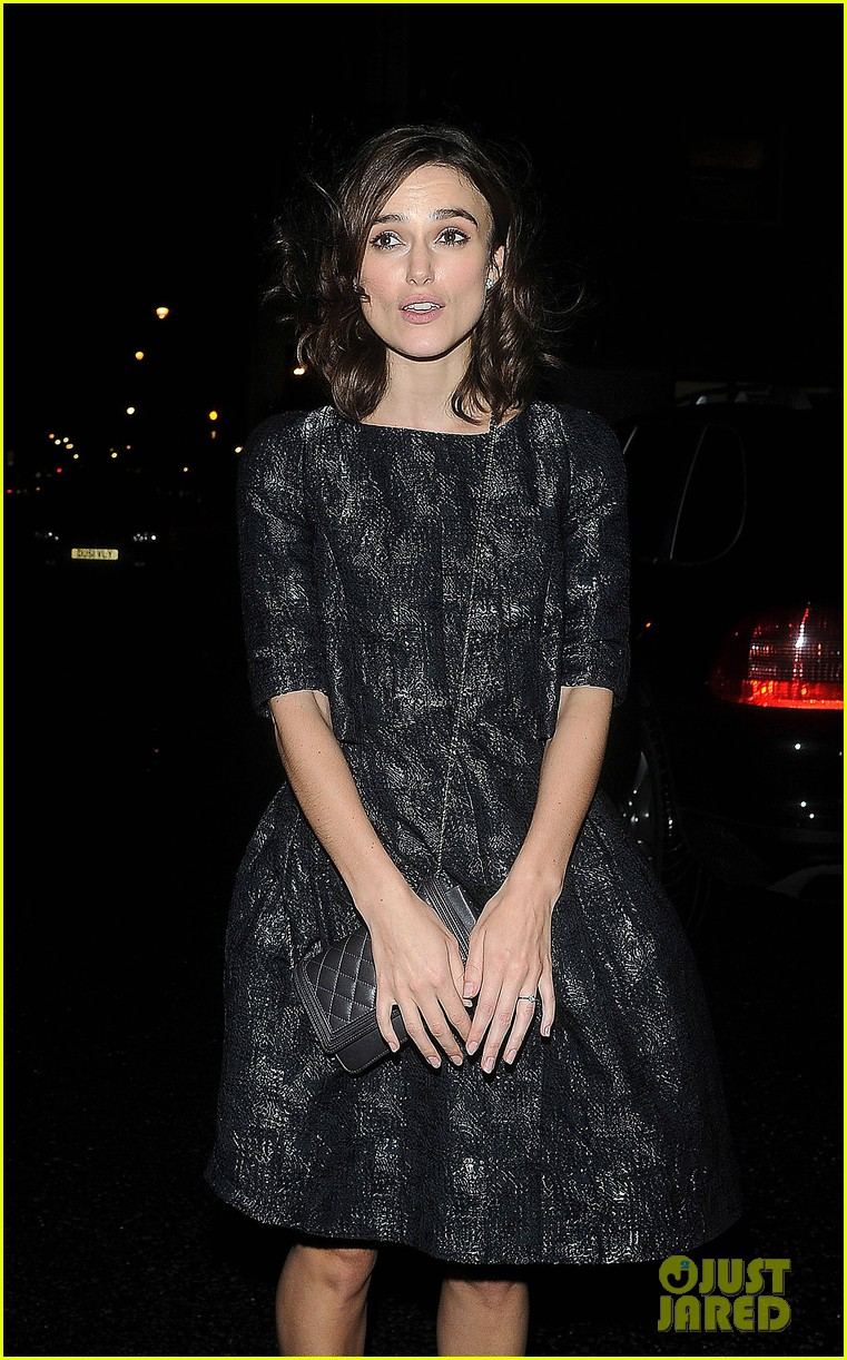 keira knightley seeking a freind on dvd oct 23 052736764