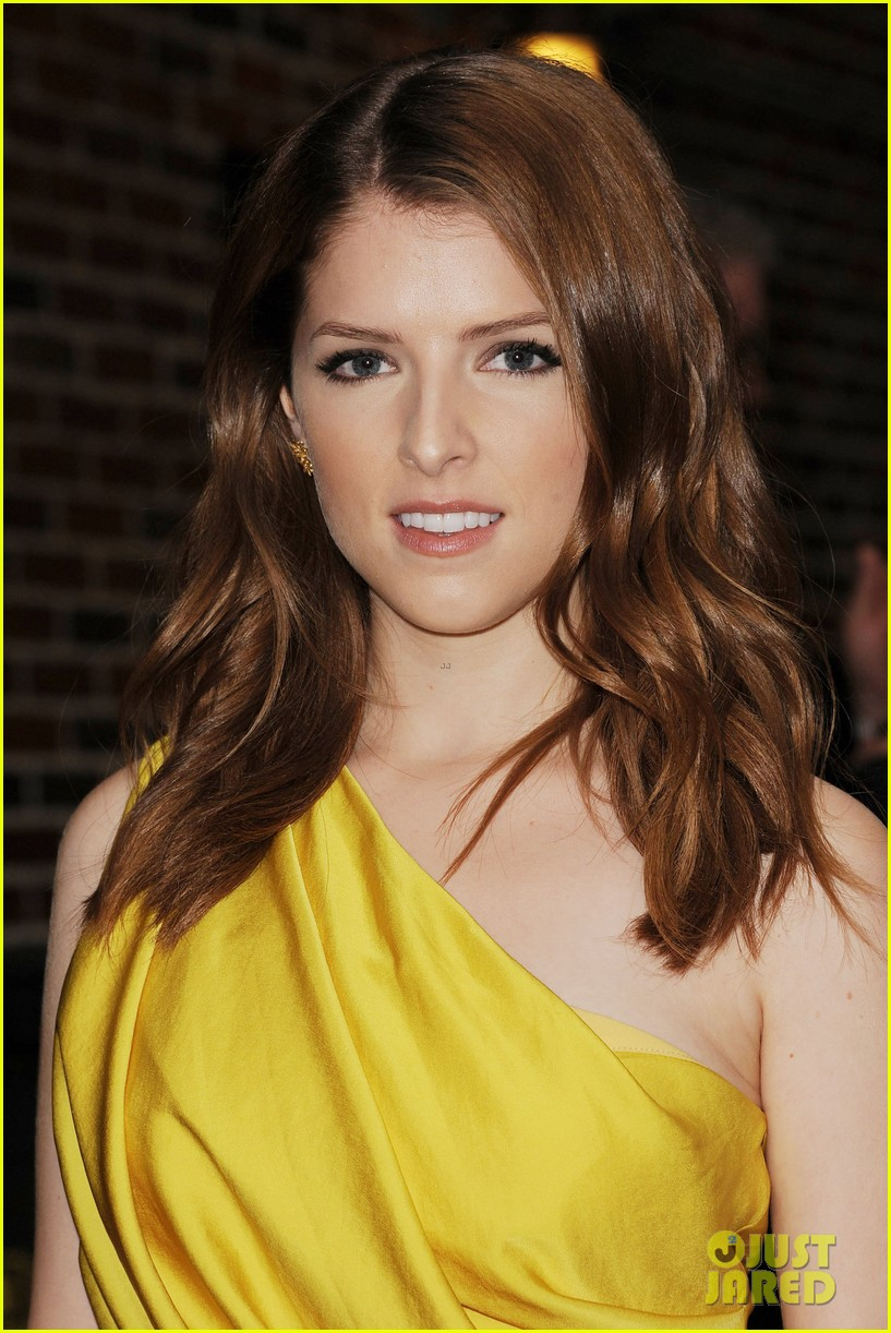 anna kendrick late show with david letterman visit 172733199