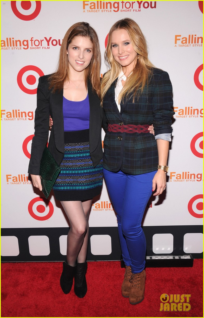 anna kendrick kristen bell target falling for you event 022736333