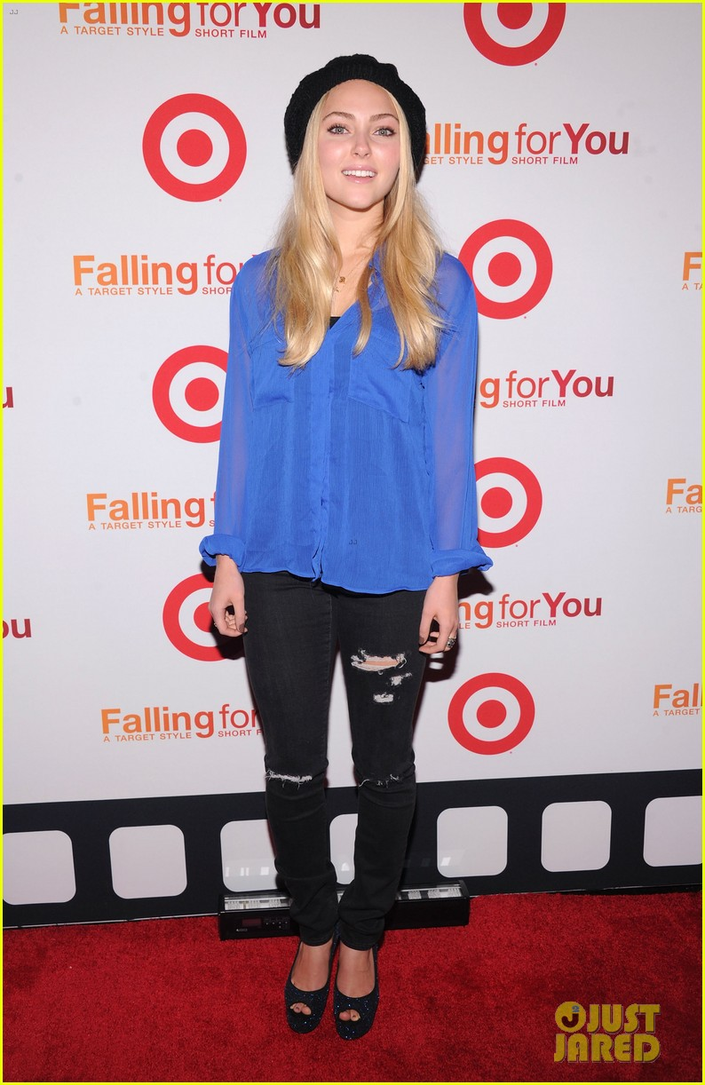 anna kendrick kristen bell target falling for you event 05