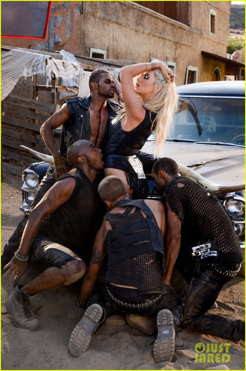kesha die young video stills exclusive 01