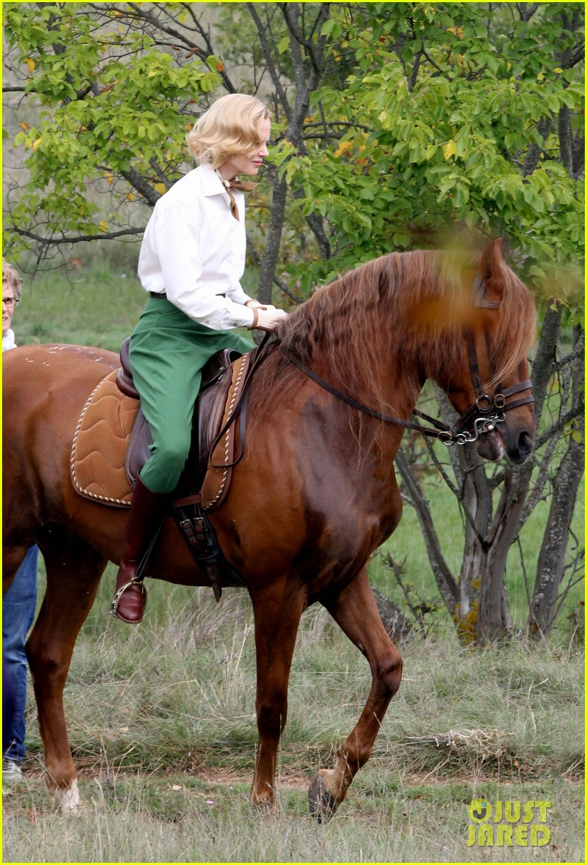 nicole kidman horseback riding for grace kelly 152737092