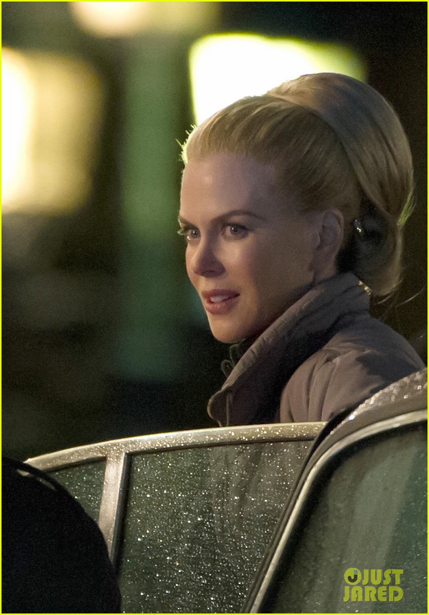 nicole kidman grace of monaco set with milo ventimiglia 02
