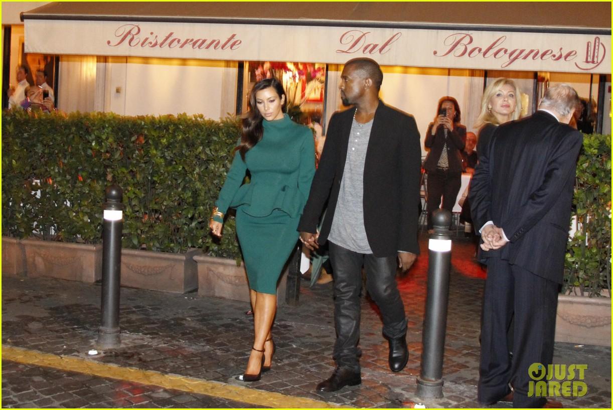 kim kardashian kanye west dal bolognese couple 02