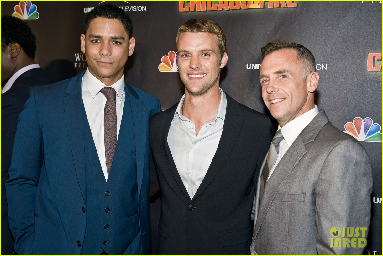 taylor kinney jesse spencer chicago fire premiere 092732354