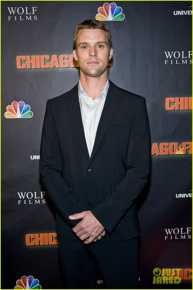 taylor kinney jesse spencer chicago fire premiere 282732373