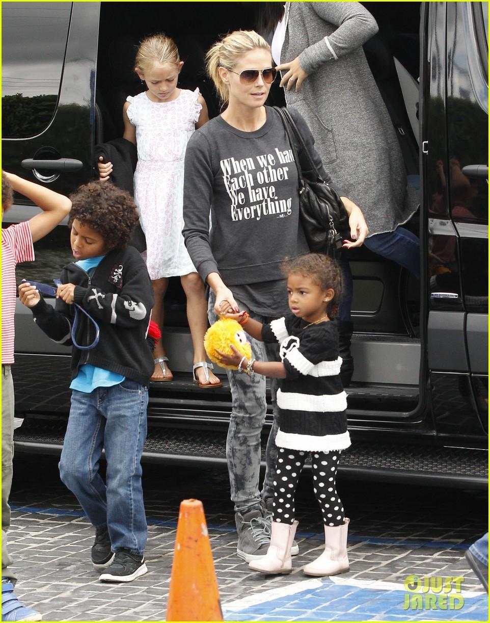 heidi klum sunday fun with  the kids 142742098