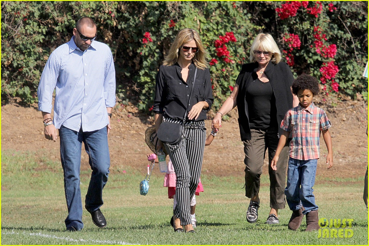 heidi klum soccer game with family 11