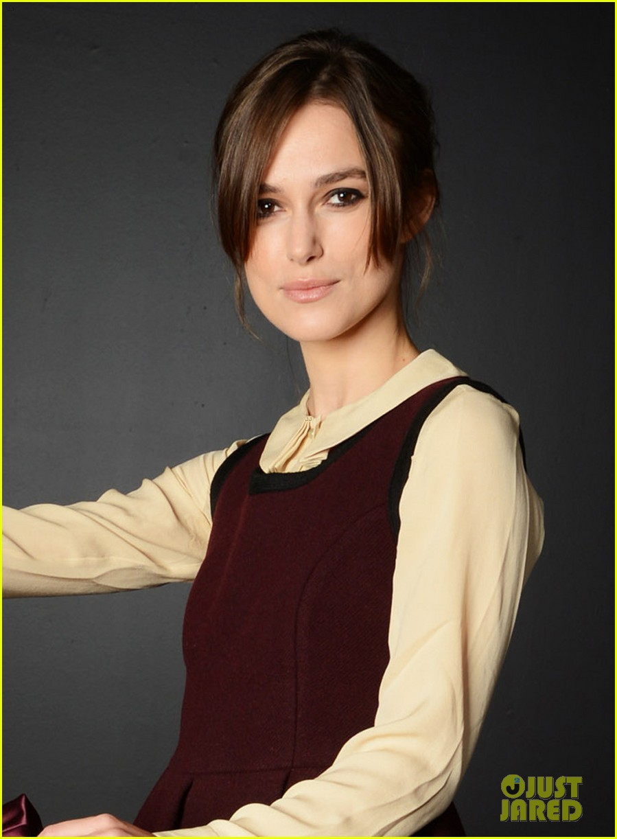 keira knightley hollywood costume exhibition 042735489