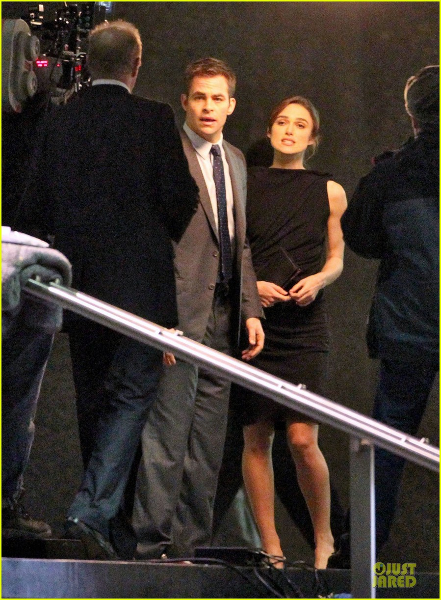keira knightley chris pine kissing scene jack ryan set 112747345