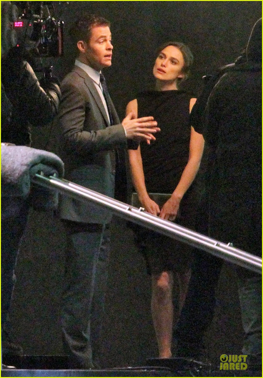keira knightley chris pine kissing scene jack ryan set 152747349