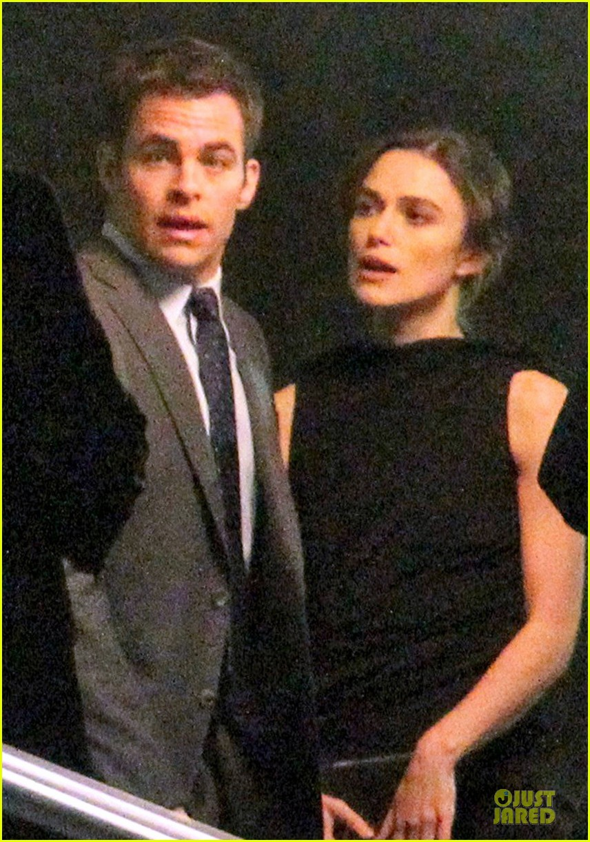 keira knightley chris pine kissing scene jack ryan set 17