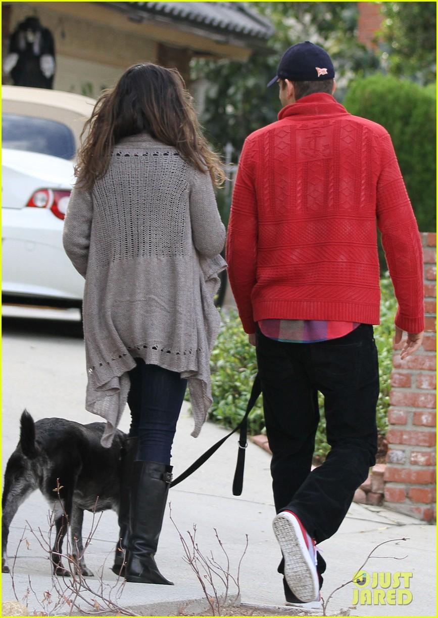ashton kutcher mila kunis monday morning dog walk 052742730