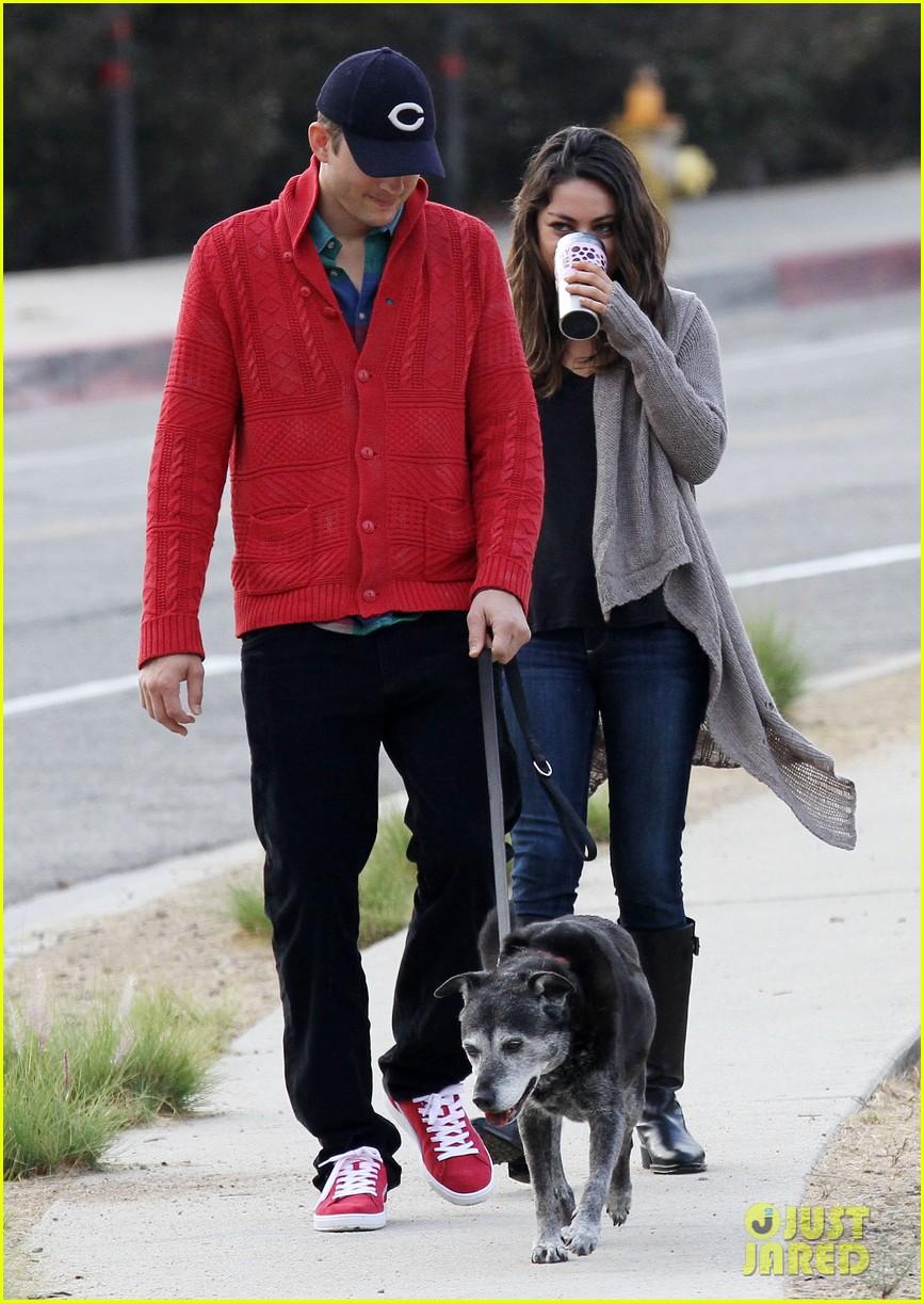 ashton kutcher mila kunis monday morning dog walk 172742739