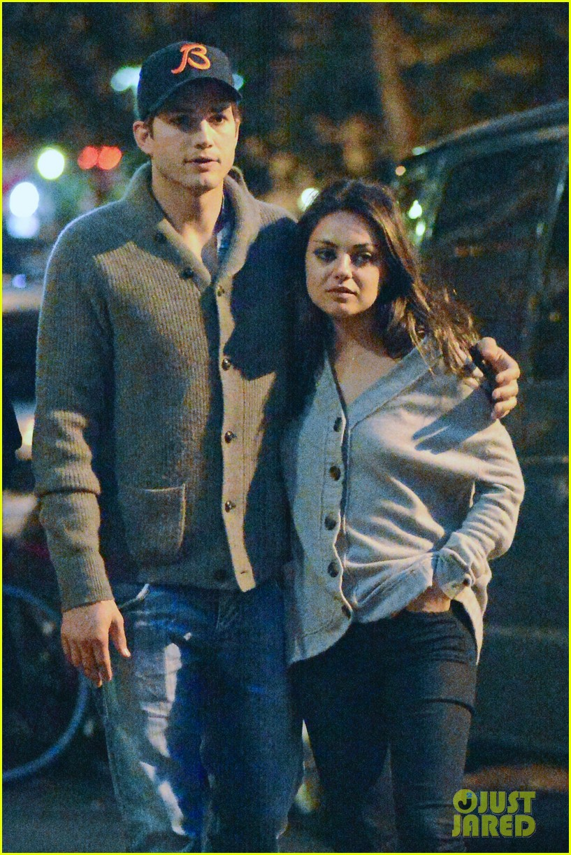 ashton kutcher mila kunis west village dinner date 24