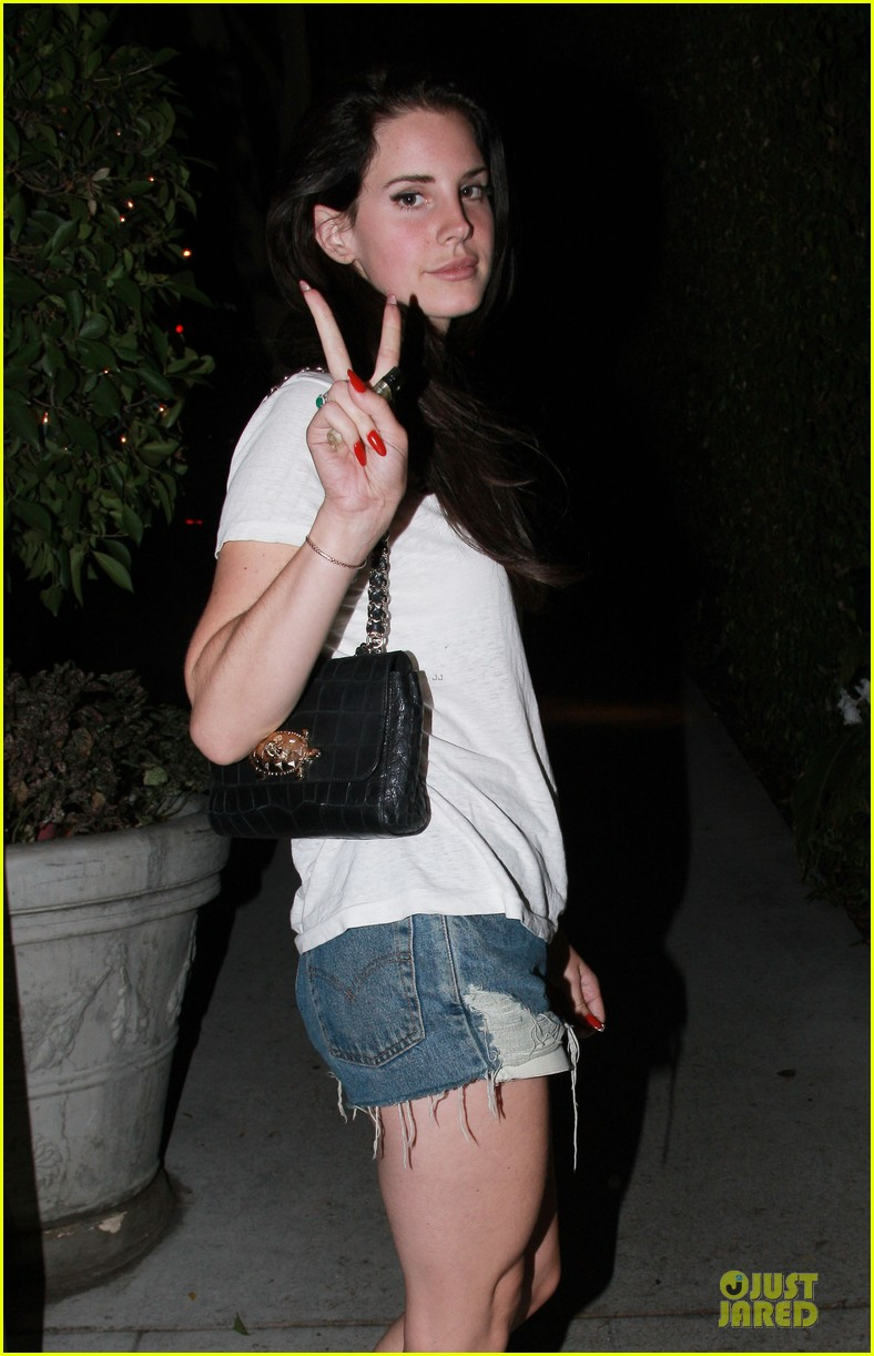 lana del rey short shorts in los angeles 042741324
