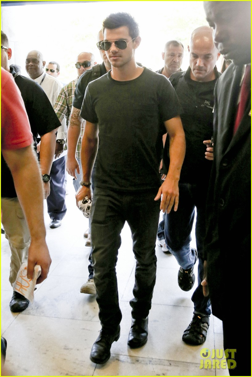 taylor lautner ready for new chapter 10