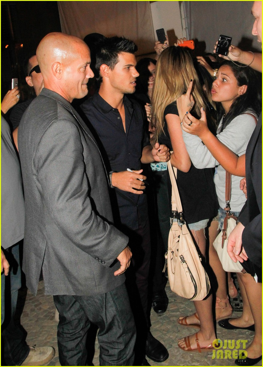 taylor lautner fan friendly rio 07