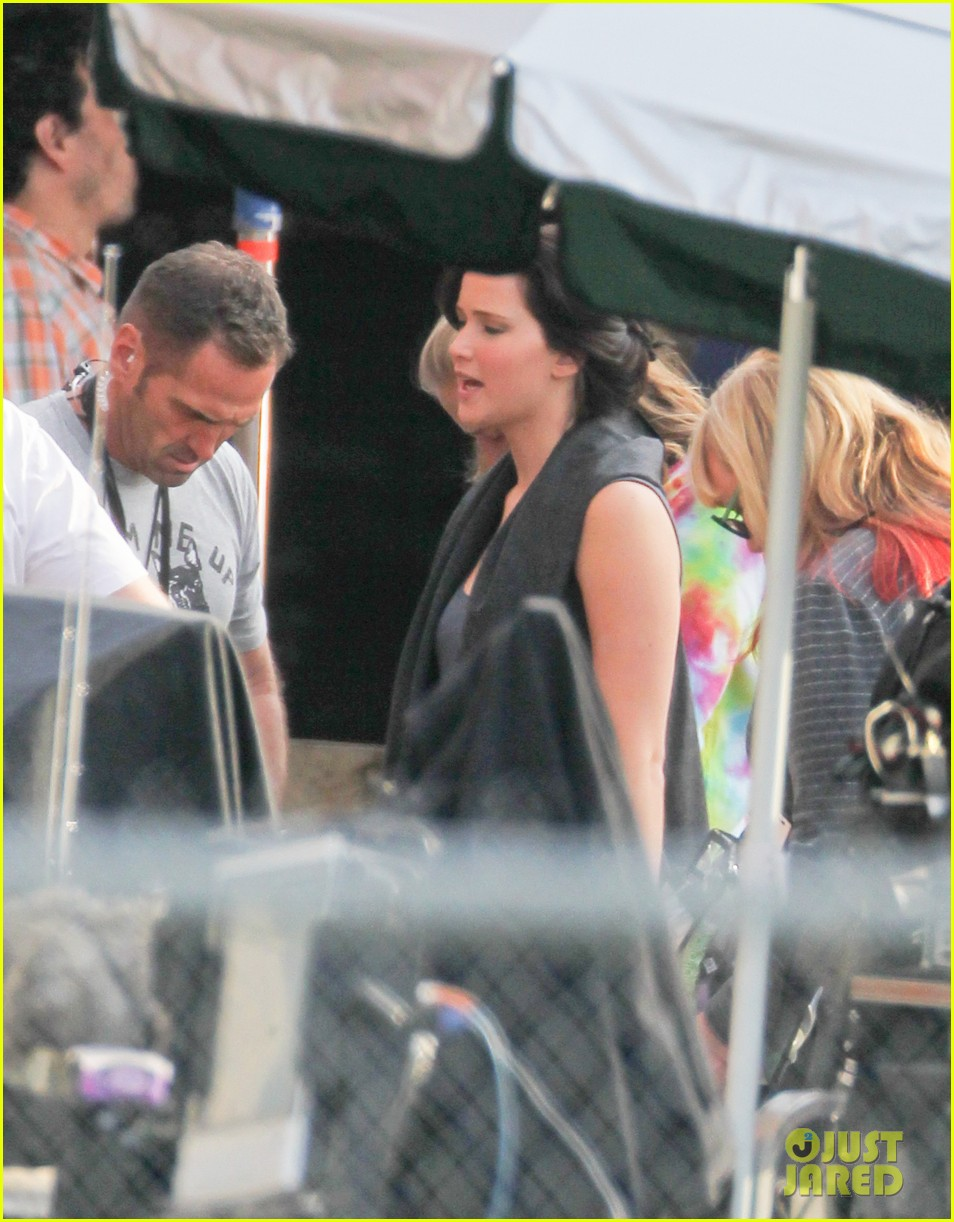 jennifer lawrence catching fire set 022737067