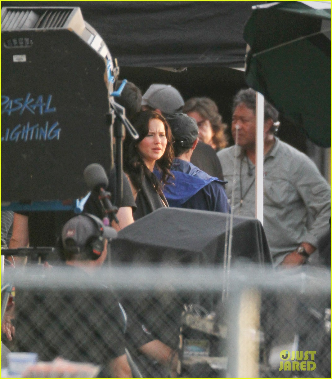 jennifer lawrence catching fire set 112737076