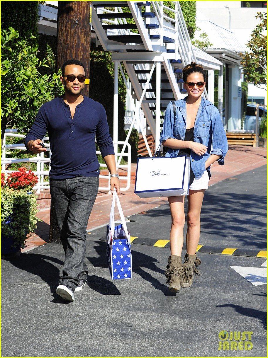 john legend chrissy teigen fred segal shoppers 292733387