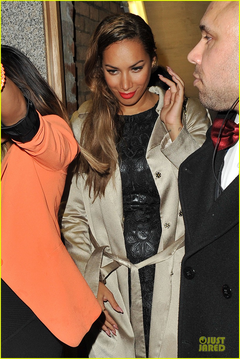 leona lewis stand up to cancer performance watch now 072741603
