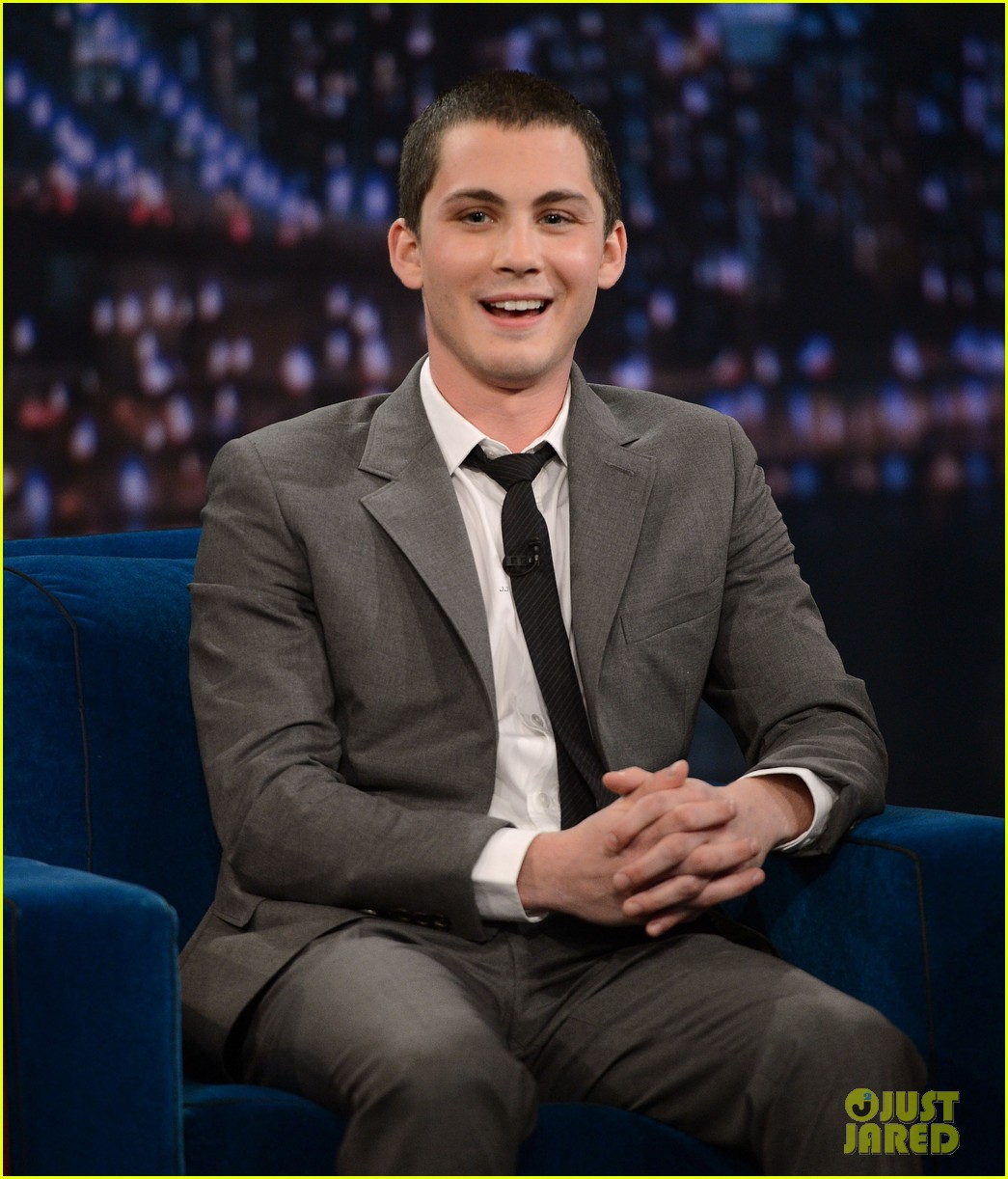 logan lerman late night with jimmy fallon visit 05