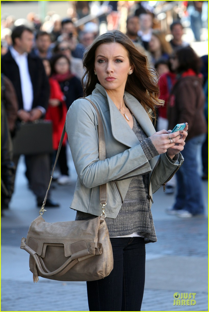 blake lively gossip girl water break 042736650