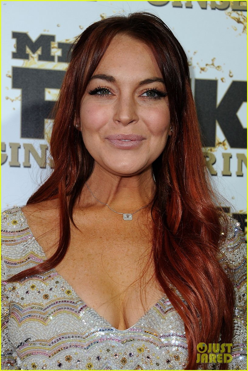 lindsay lohan promotes mr pink amidst family drama 022736915