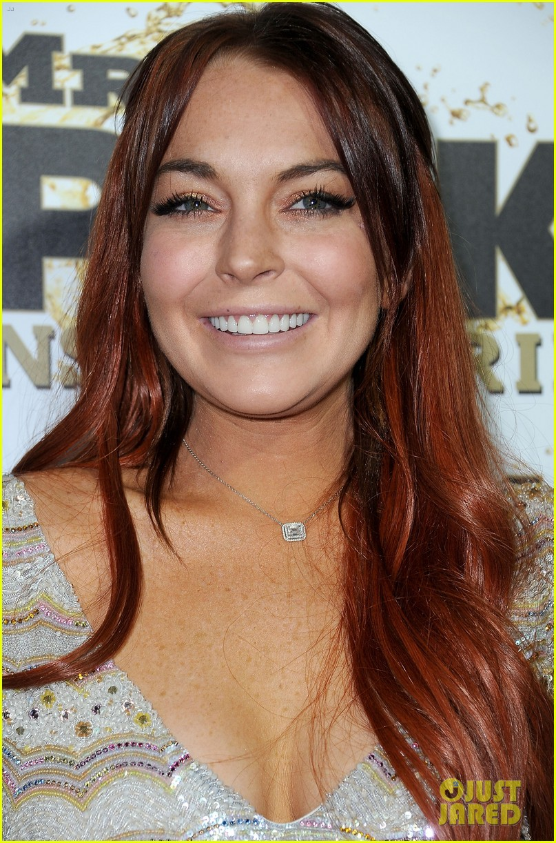 lindsay lohan promotes mr pink amidst family drama 042736917