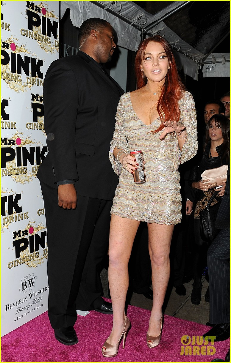 lindsay lohan promotes mr pink amidst family drama 05